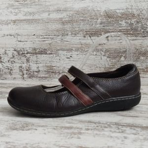 🔴Clarks Brown Leather Mary Jane Loafer